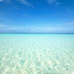10月の沖縄の海って泳げる?気候や服装は?10月人気イベントも♪