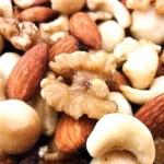 ナッツの効果や油分について!オススメのナッツの蜂蜜漬けとは?