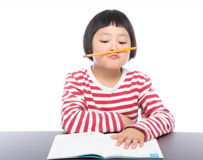 夏休み,自由研究,宿題,小学校低学年