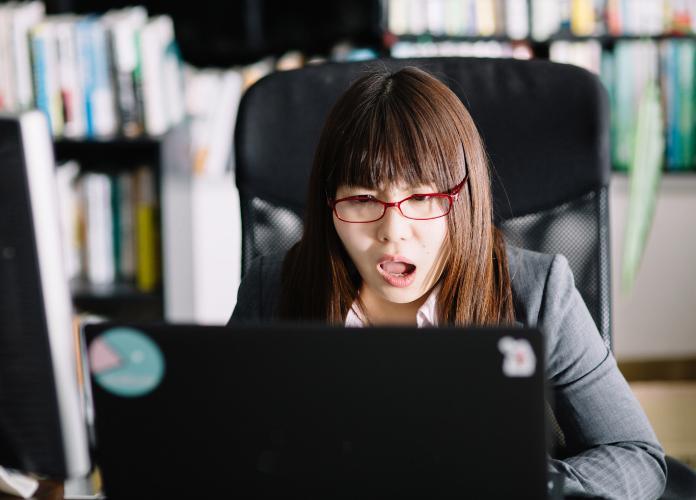 メールの添付忘れを防ぐ3つの確実な方法