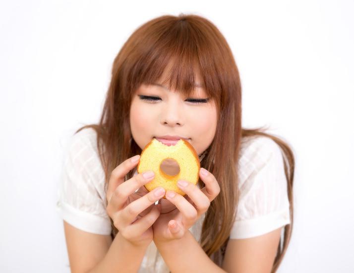 甘い菓子パン中毒とドカ食いの習慣
