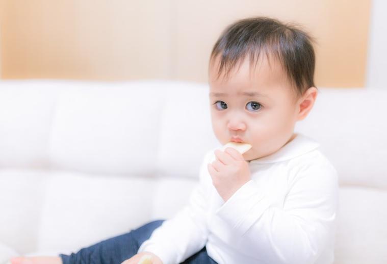 赤ちゃんが笑わない理由と笑わせる方法